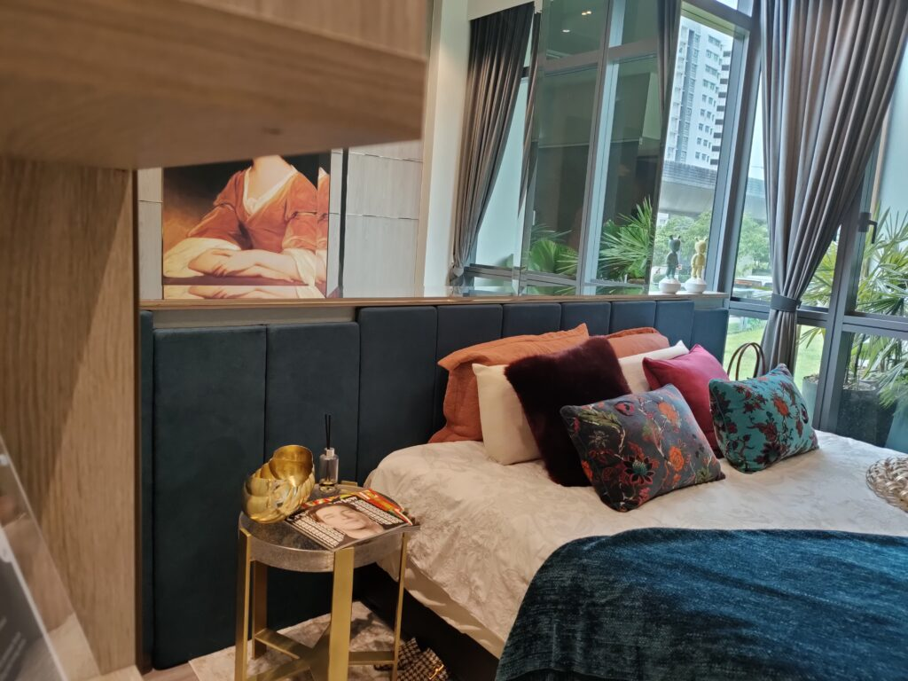 Condominium Singapore New Launch Bartley Property for sale